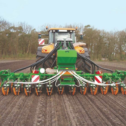 Sowing and fertilising